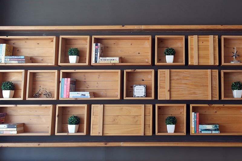 Libreria in legno moderna