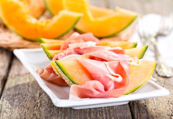 Melone con prosciutto crudo